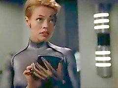 Star Trek: Voyager - Seven of Nine wants to try sex.