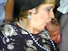 gangbang tanter hardcore