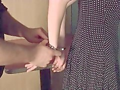 festgenommen handschellen gefängnis knechtschaft