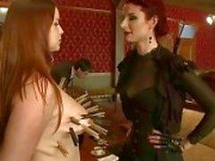 bdsm bdsm lesbische meesteres slavernij wrede seksscènes vernedering