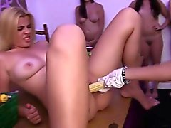 college fingersatz gruppen-sex hd lesbisch