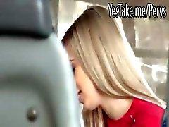 amateur blond pijpbeurt