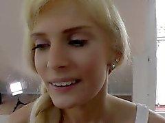 amatör blondin avsugning fingersättning hd