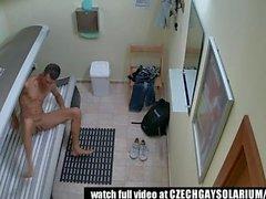 solo public voyeur