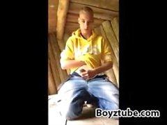tanska opiskelija poika