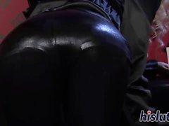 Kinky girl-on-girl action with two ravishing floozies