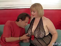 Beautiful plumper Amazon Darjeeling hardcore sex