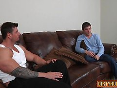 Muscle twink anal sex with cumshot