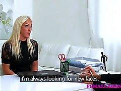 lesbica masturbazione sesso orale