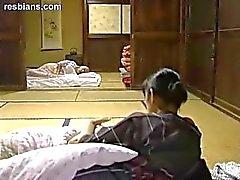mamma madre ragazza- on femminili l'allattamento al seno
