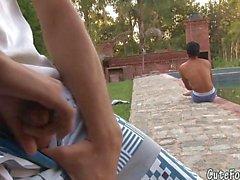 Jerking guy attracts a sunbathing twink