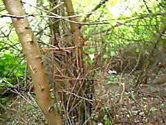 Auf Andrea Sawatzki im Wald wichsen und spritzen