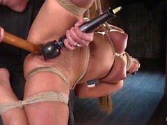 charlotte cruz hogtied cuerda recta gag digitación corporal vaginal castigo humillación situación penetración