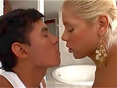 Blond Videos