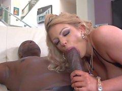 blowjobs éjaculations gros seins interracial