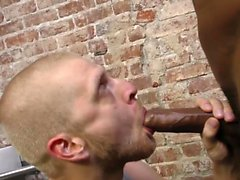 Black hunk gives facial