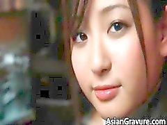 aziatisch kindje hardcore interraciale
