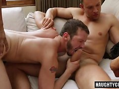 blowjob гомосексуалистам гей гомосексуалистам вдвоем групповой секс gay