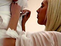 большие сиськи блондинка близком рогоносец собачьи