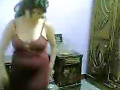 private bedroom oriental belly dance