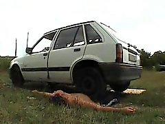 entortillement extrême-écrasement français femdom voiture-écraser