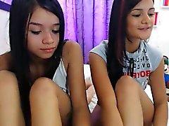 ruskeaverikkö lesbo alusvaatteet teini-ikäinen webcam