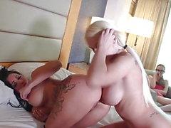 lily spår anal stora tuttar hd-video