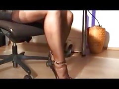 Awesome handjob by stockings and heels mistress
