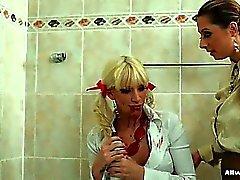 blondi fetissi lesbo
