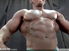lihas palvonta kimpale bodaaja pöyhkeillä