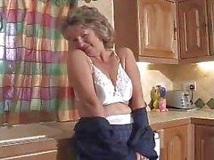 grannies lingerie masturbatie rijpt kousen