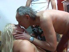 milfr мама мать огромный сиськи фетиш излом реальность чулки позади сцена блондинка хардкор грубая секс миссионерский bbw большой задница