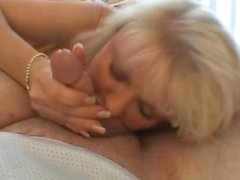 pipe éjaculation mature