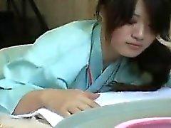 amador asiático dedilhado peludo
