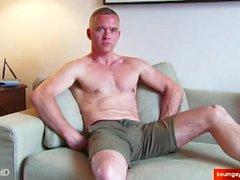 keumgay grande cazzo europeo massaggio gay hunk strappi largo cazzo bello dritto guy gallo del muscolo servito avere mano sega masturbata