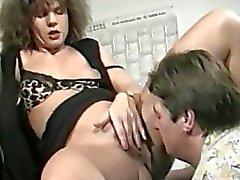 feticcio milf pissing deviantclip
