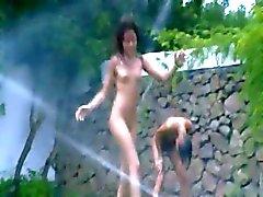 brunette tuin meisje russisch