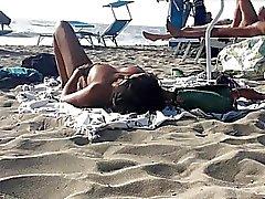 plage italien nudité en public