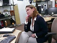 gros seins pipe brunette hardcore réalité