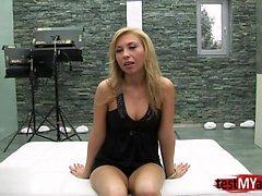 blondine blowjob gesichts gruppen-sex