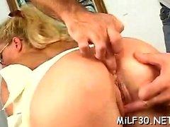 anaali asslick lähikuva sormitus
