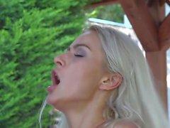 beijo de cereja sexo vaginal adolescente masturbação vaginal