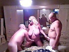 big boobs blondine blowjob gangbang