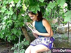 menina de solo masturbação masturbação vaginal