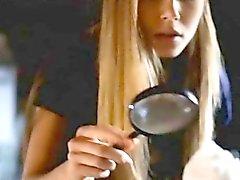 itsetyydytys tyttö blondi