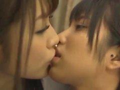 amador asiático dedilhado peludo lésbica