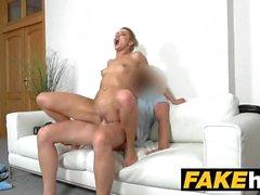 kiraz öpücük oral seks sarışın küçük memeler oral seks