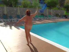 madura desnudez pública videos hd viejo