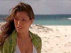 playa grandes tetas morena celebridad