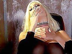 blondjes fetisch roken roken fetish videos